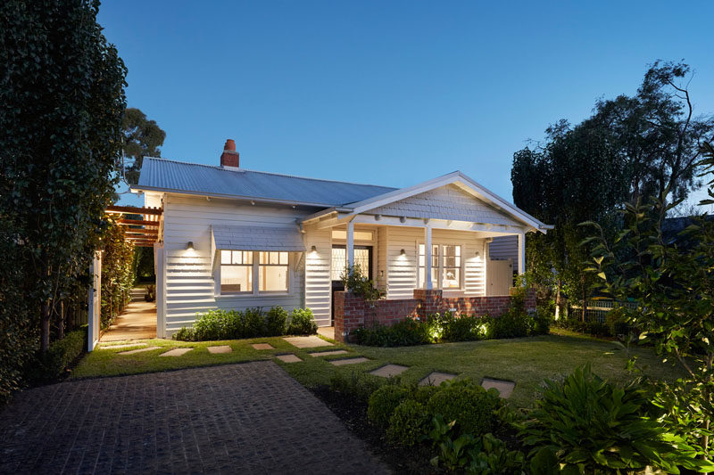 The architects gave this Australian bungalow house a street front restoration, maintaining its role in the historical and aesthetic significance of the neighborhood. #CurbAppeal #Architecture #Landscaping