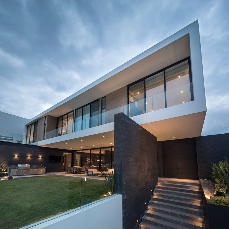 Glr Arquitectos Have Designed The Er House To Take