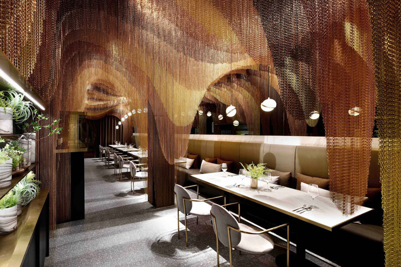 114,000 Feet Of Chains Decorate The Interior Of This Restaurant