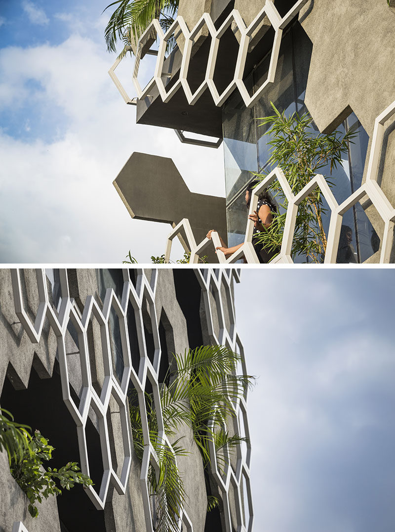 Studio Ardete have recently completed 'Hexalace', a new building in Mohali, India, that features a hexagonal pattern on its facade. #Facade #BuildingFacade #Architecture #Hexagonal