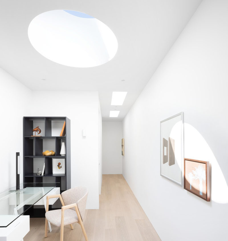 "This modern house has a space with a skylight that's been designated as a study nook in the ""kids' zone"". #StudyNook #Skylight"