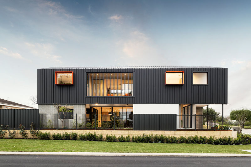 Builder Residential Attitudes, together with designer Brook Leber, have recently completed The Barnhaus, a new modern house in Perth, Australia. #Architecture #ModernHouse #AustralianArchitecture