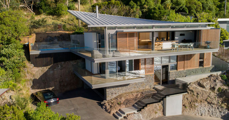 This Hillside Home In New Zealand Was Designed To Capture The Amazing Ocean Views