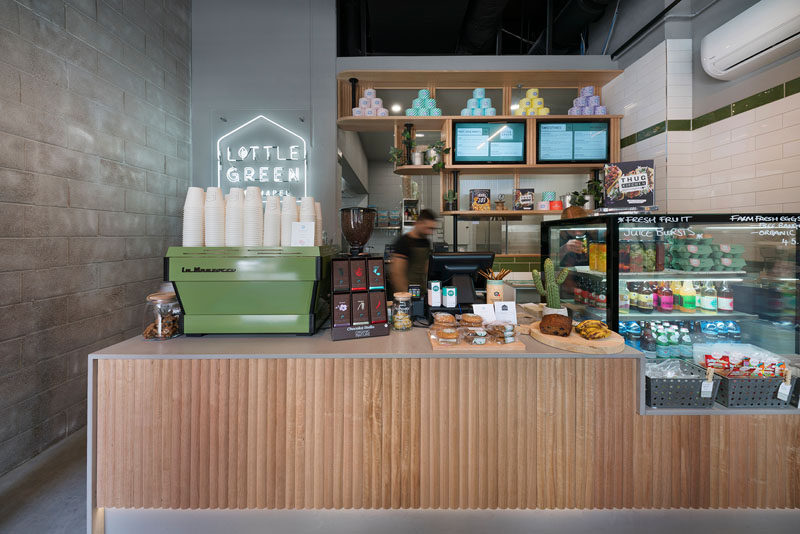 Benjamin Frétard of FRETARD Design has recently completed a new and small modern cafe named 'Little Green', that's located in the heart of Melbourne, Australia. #Cafe #InteriorDesign