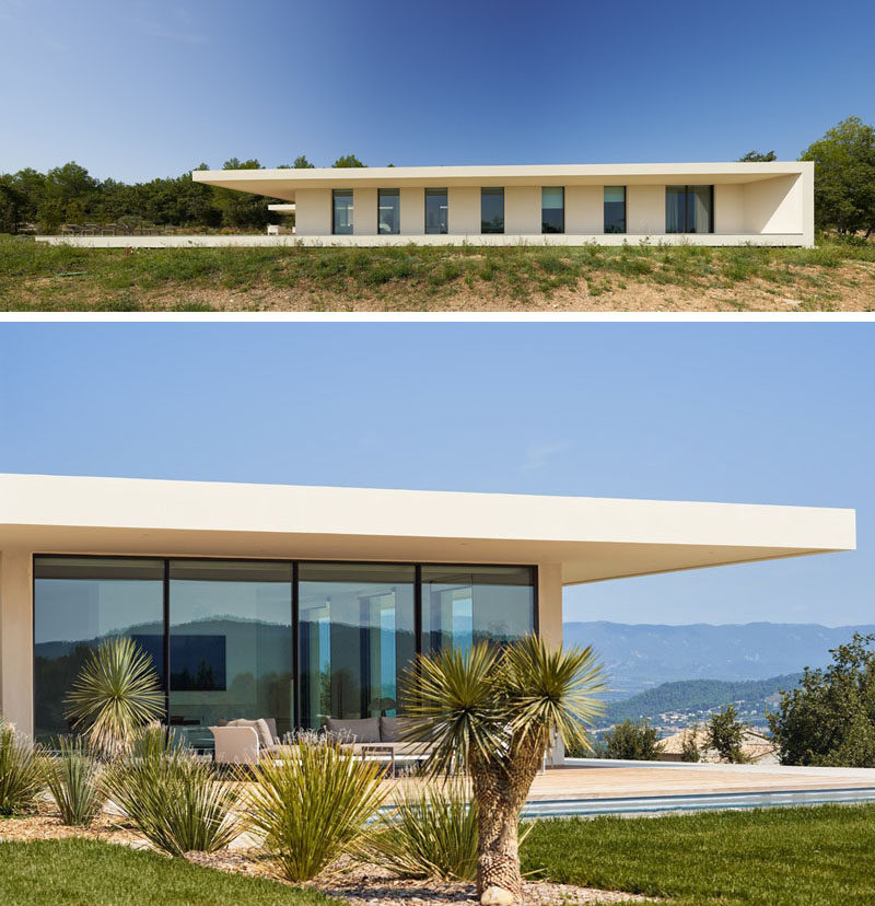 PietriArchitectes have designed 'Maison P', a modern single storey house that's located in thevillage of Puy-Sainte-Réparade in France. #Architecture #HouseDesign #ModernHouse