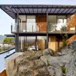 The RidgeView House by Zack | de Vito Architecture + Construction