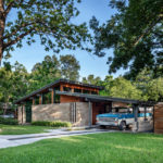 This Mid-Century Modern House In Austin, Texas Received A Contemporary Update