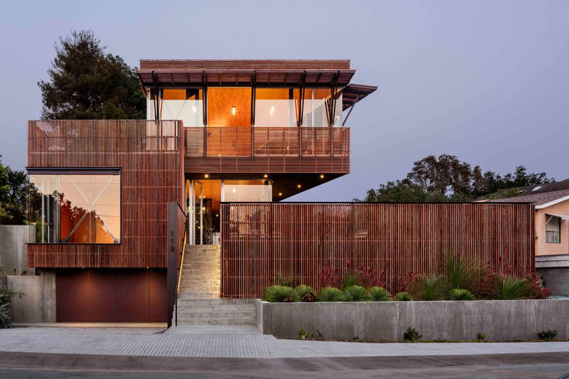 A modern house with IPE wood screens.