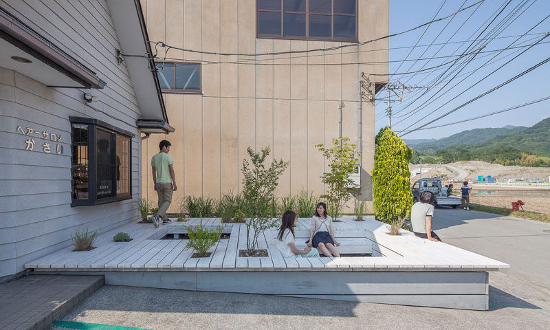 Jorge Almazán Architects + Keio University Almazán Lab have designed a public terrace with seating and plants, that acts as a barbershop waiting area. #Landscaping #Seating #Design