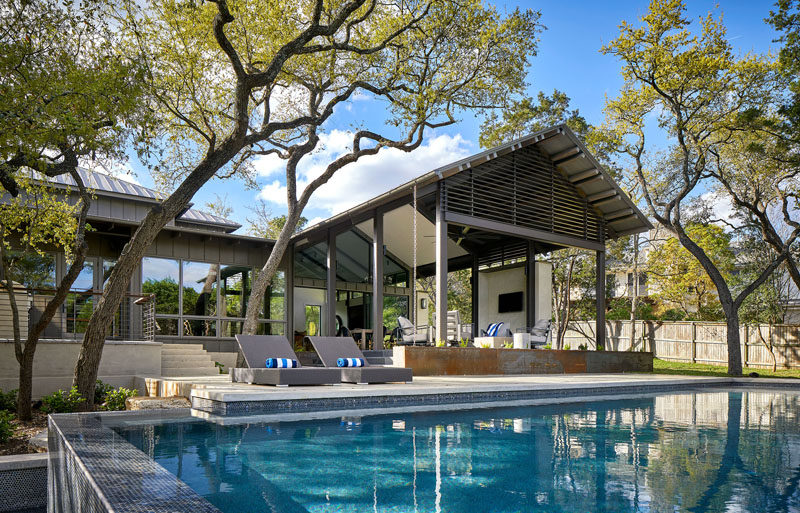 Furman + Keil Architects designed the renovation and an addition to a house in Austin, Texas, that was originally a 1980's erasuburban brick home. #ModernHouse #Architecture