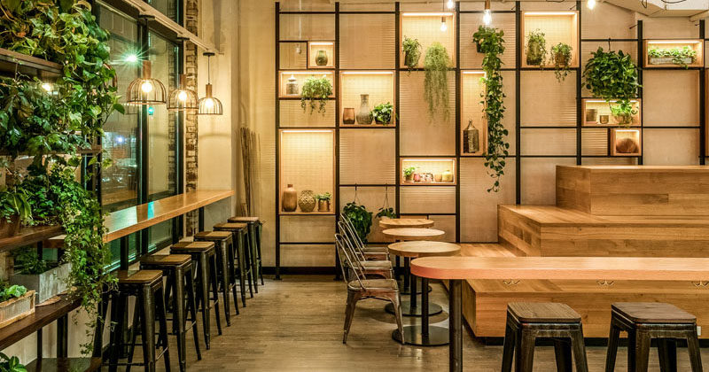 CRÈME / Jun Aizaki Architecture & Design has recently completed 'Mint Kitchen', a 50-seat Israeli fast casual restaurant, that's located in the heart of the West Village in New York. #RestaurantDesign #ModernRestaurant