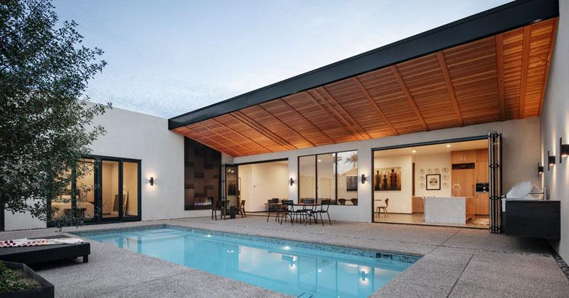 A Georgia O'Keeffe Inspired Courtyard House in Phoenix