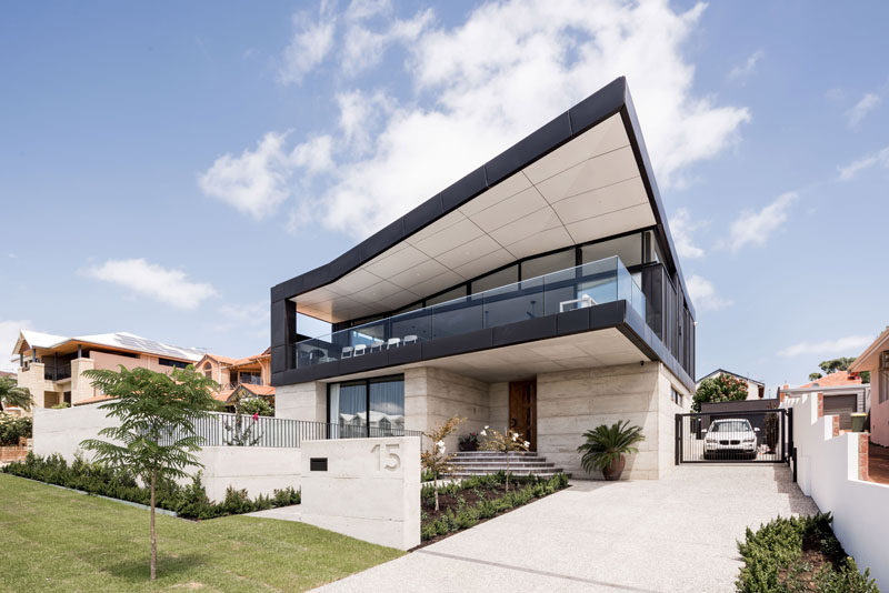 A Black Zinc Angled Roof Makes This Australian House Stand Out
