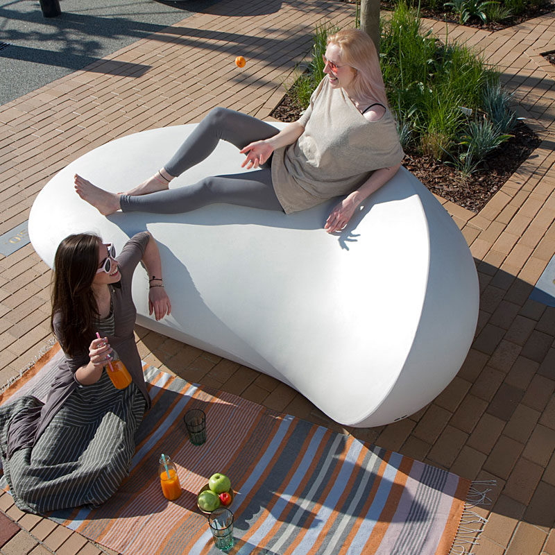 This sculptural and organic concrete bench was created by the designers who used their own, self developed concrete mixture, with a combination of the latest 3D modelling technology and the traditional craftsmanship. #PublicFurniture #OutdoorFurniture #Seating #ConcreteFurniture #ModernDesign