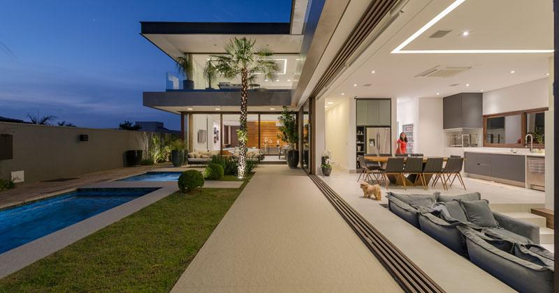The Prado House by Padovani Architects