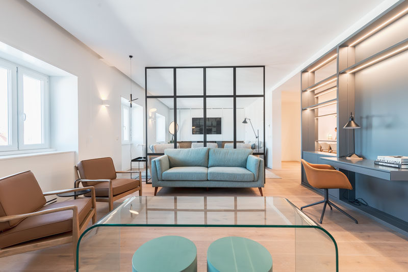 Architecture and interior design firm atelier blaanc, has recently remodeled an apartment from the 1950s, and transformed it into a bright and open home that meets today's standards of living. #ModernApartment #ModernInterior #HomeOffice