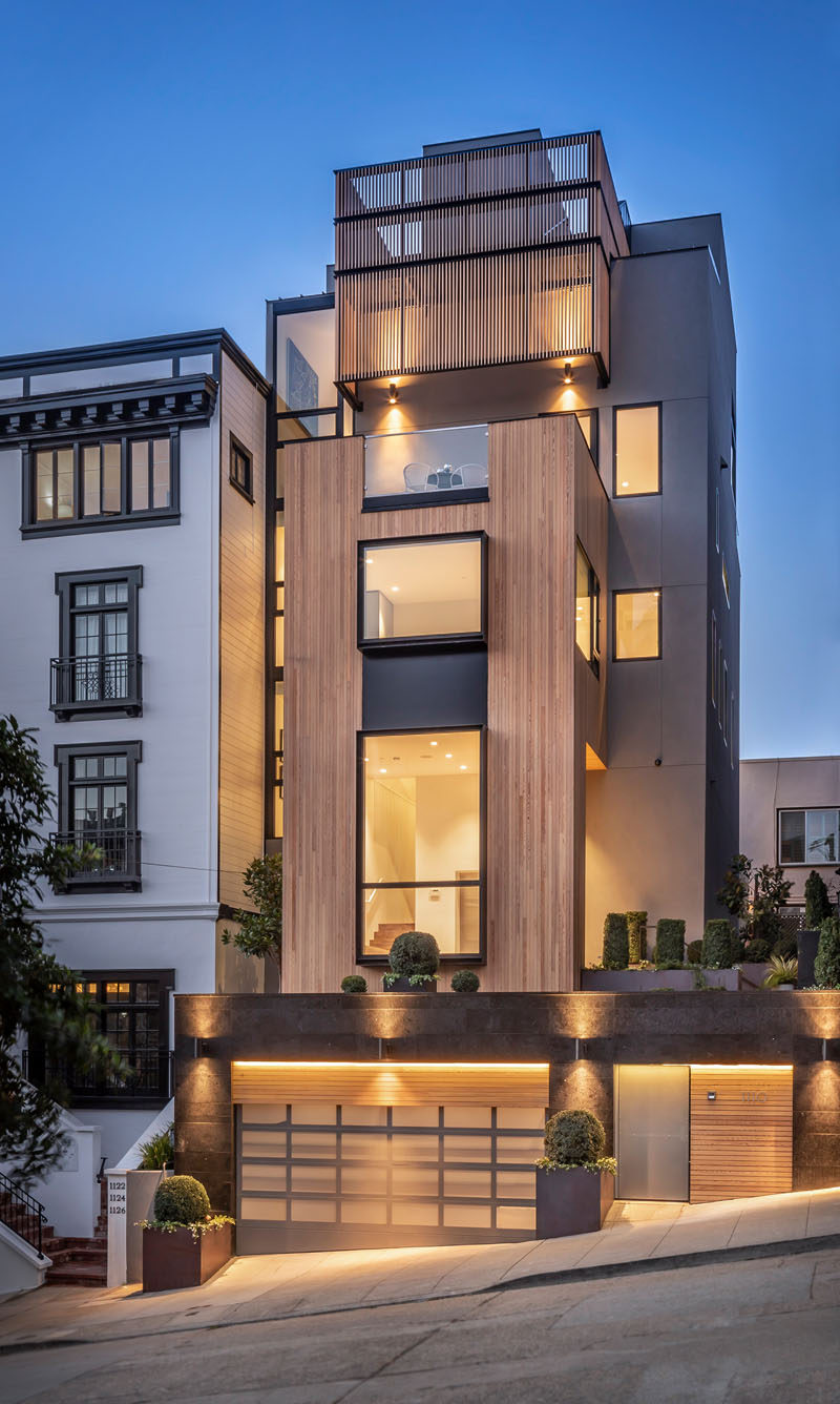 The Russian Hill Residence in San Francisco, spans four floors and featuresrare Siberian Larch that wraps around the facade. #ModernHouse #ModernInteriorDesign