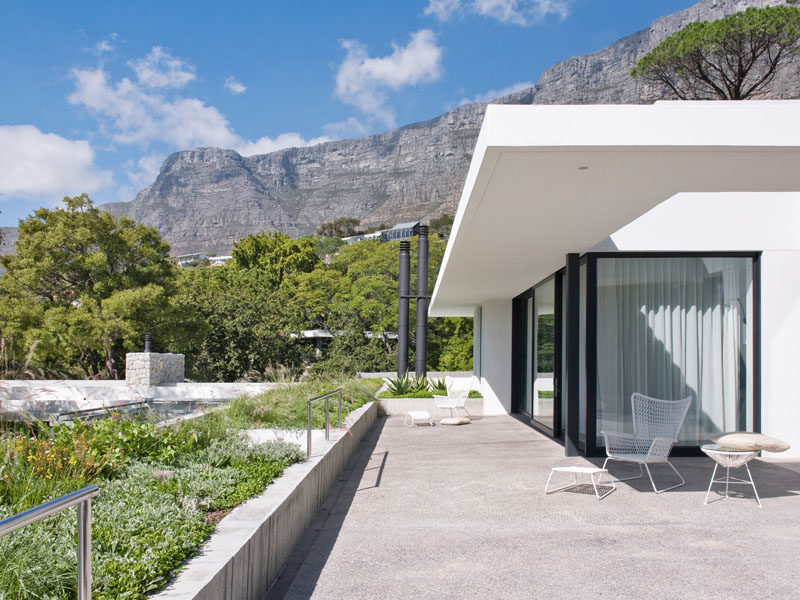 Interior design and decor firm OKHA together with architect Antonio Zaninovic, have recently completed Eden Villa, a new modern house in Cape Town, South Africa. #Architecture #ModernHouse