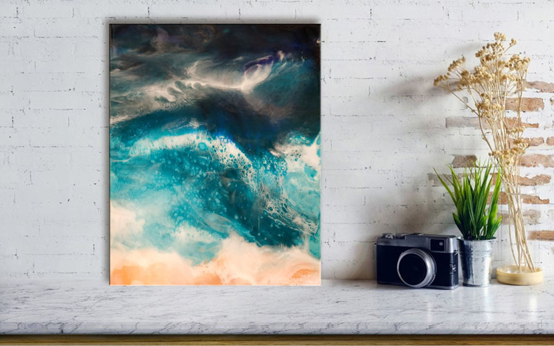 Toronto-based artist and graphic designer Anna Skomorovsky, has created abstract wall art that references waves, and is made from art grade resin and acrylic paint on wood panel. #AbstractWallArt #ModernArt #WallArt