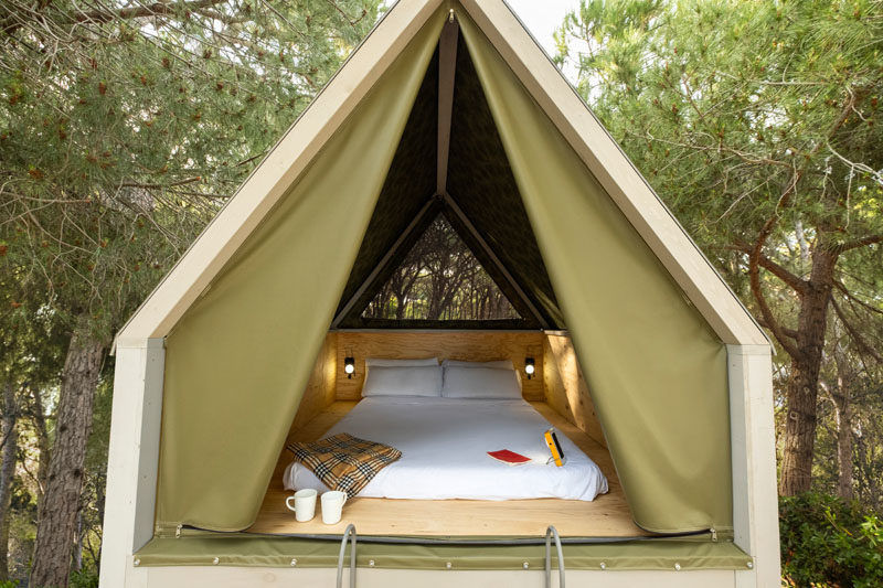 ERA architects has designed the Pinea Suite, a modern interpretation of a cabin, that also includes design elements from a tent and a tree house. #Design #Architecture #Cabin #Glamping #Tent