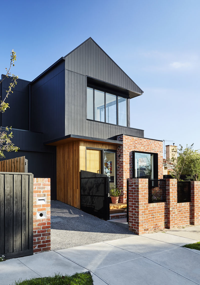 In addition to the burnt wood siding, this modern house also makes use of recycled red bricks and a natural finish shiplap timber cladding.  #ModernHouse #ShouSugiBan #Architecture #RecycledBrick