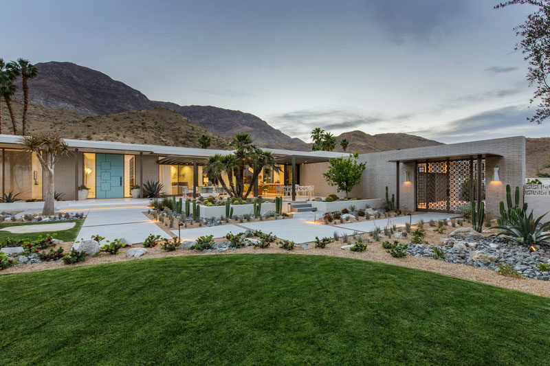 This Renovated Mid Century Modern House Sits On A Plateau ...
