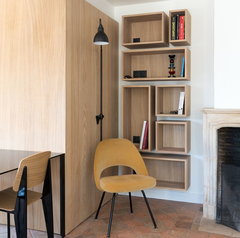 Shelving Ideas ? Make A Visually Interesting Bookshelf Using Different Sizes Of Floating Wood Boxes
