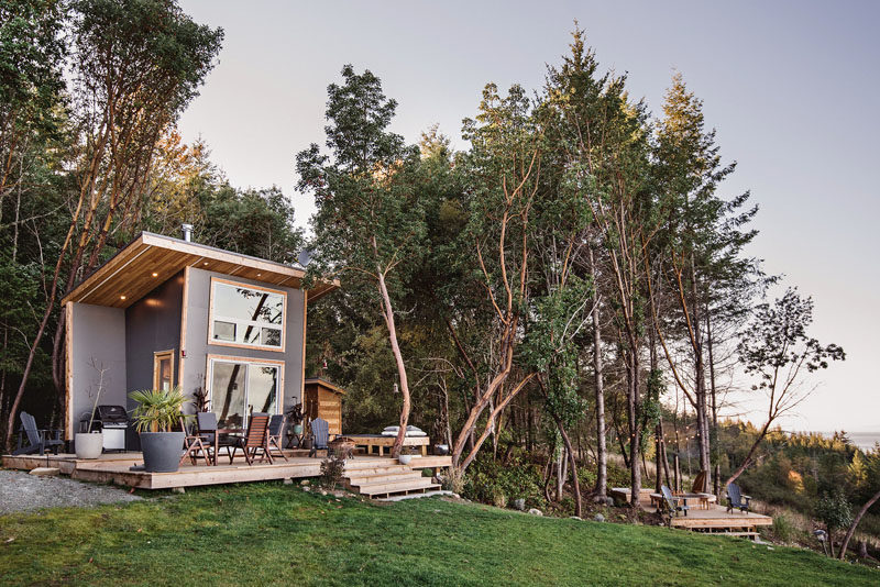 This Tiny Home Is An Island Getaway On Canada?s West Coast
