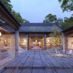 A Transparent Glass Skin Modernizes This Traditional Chinese Hutong