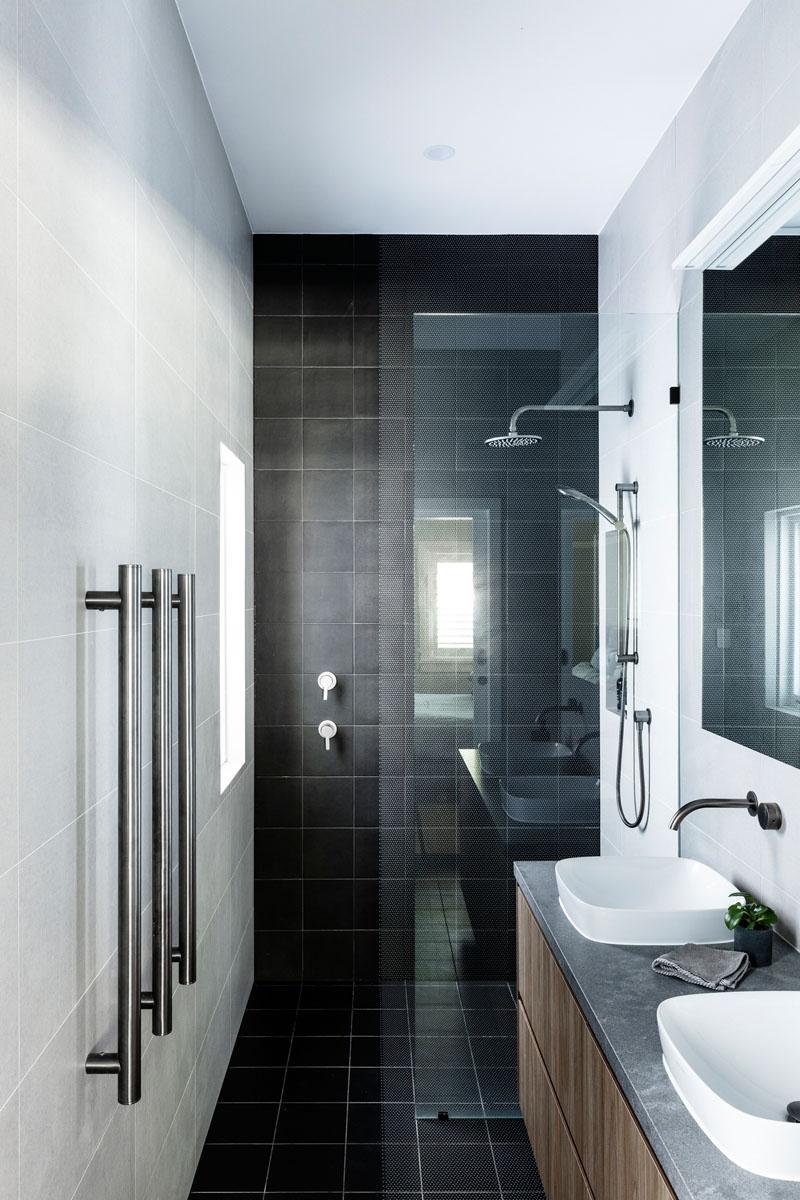 Modern Bathroom Black Tiles 220919 644