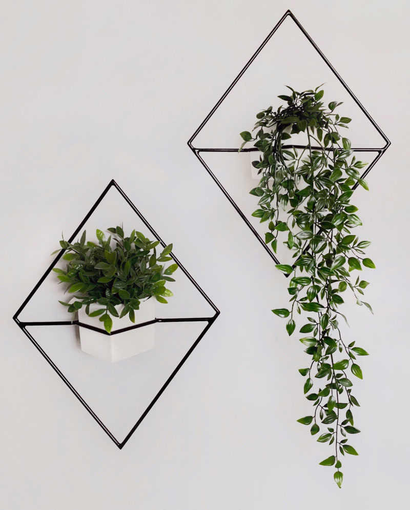 Decor Ideas - The Village Craft Co. have created 'Jasper', a modern wall planter that combines minimalist design with geometric shapes. #ModernPlanter #WallPlanter #ModernHomeDecor #DecorIdeas
