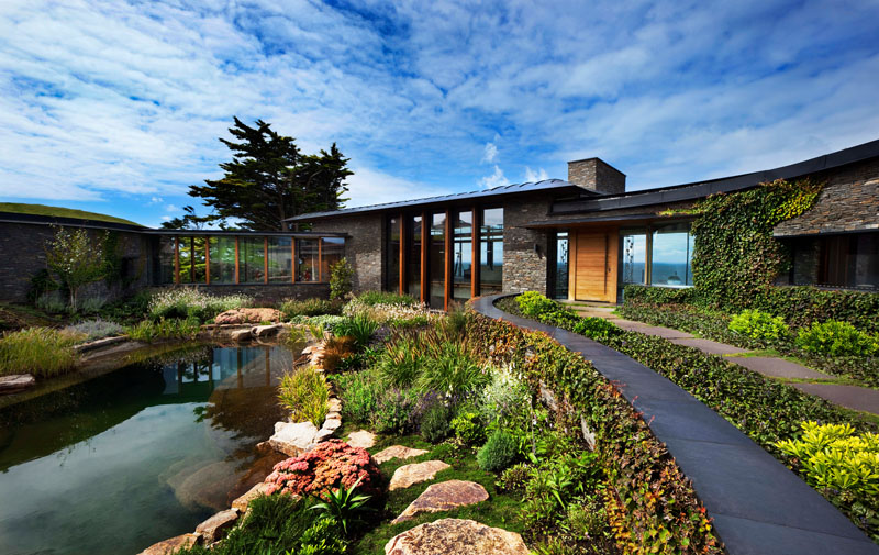 Modern House Natural Swimming Pool Landscaping 190919 1236 01