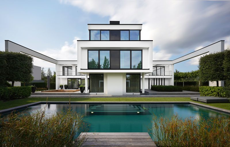 This Modern Dutch House Has A Sunken Lounge For Outdoor Entertaining