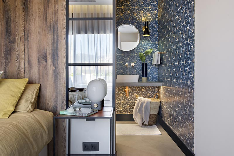 Bathroom Design Ideas - A Blue Starburst Tile Demands ...