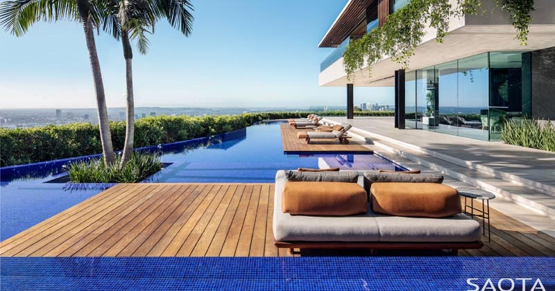 SAOTA Completes A New Home With An Infinity Edge Swimming Pool That Overlooks The LA Skyline