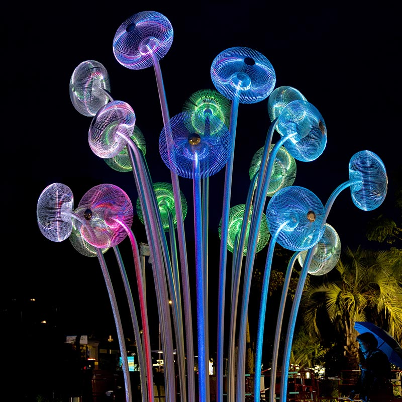 """Bubble Forest"" is a public sculpture made of acid resistant stainless steel. The material has the property of reflecting both natural and artificial light. During the night, it's illuminated with programmable RGB LED lamps. #Sculpture #PublicArt #Design #ModernSculpture"