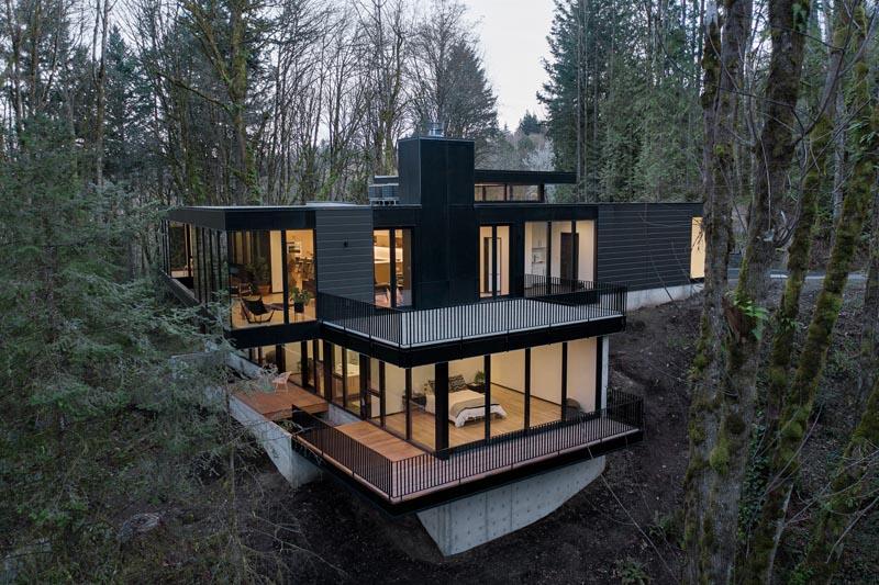 Trees Surround This Modern Hillside House In Portland, Oregon