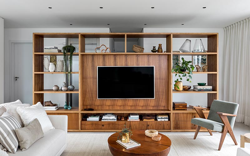 This Tv Is In The Ideal Position By Cleverly Using A Large Room Divider As A Wall