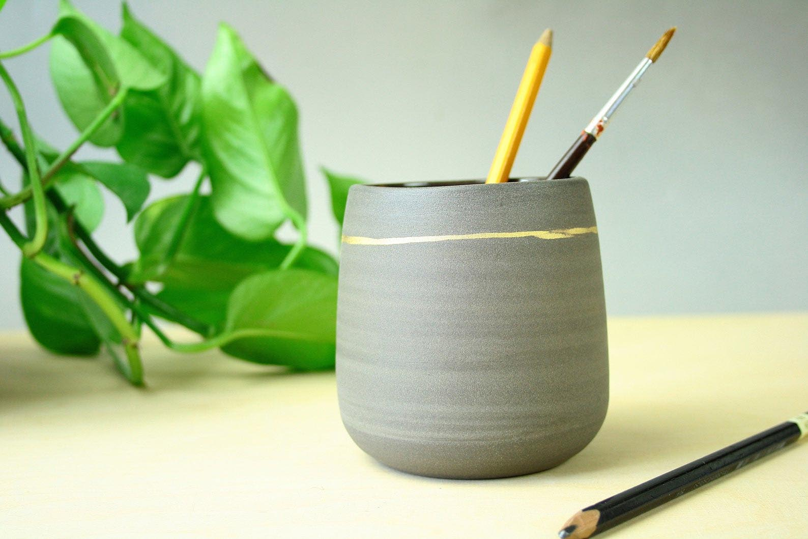 Gift Idea - Ceramic pen pot
