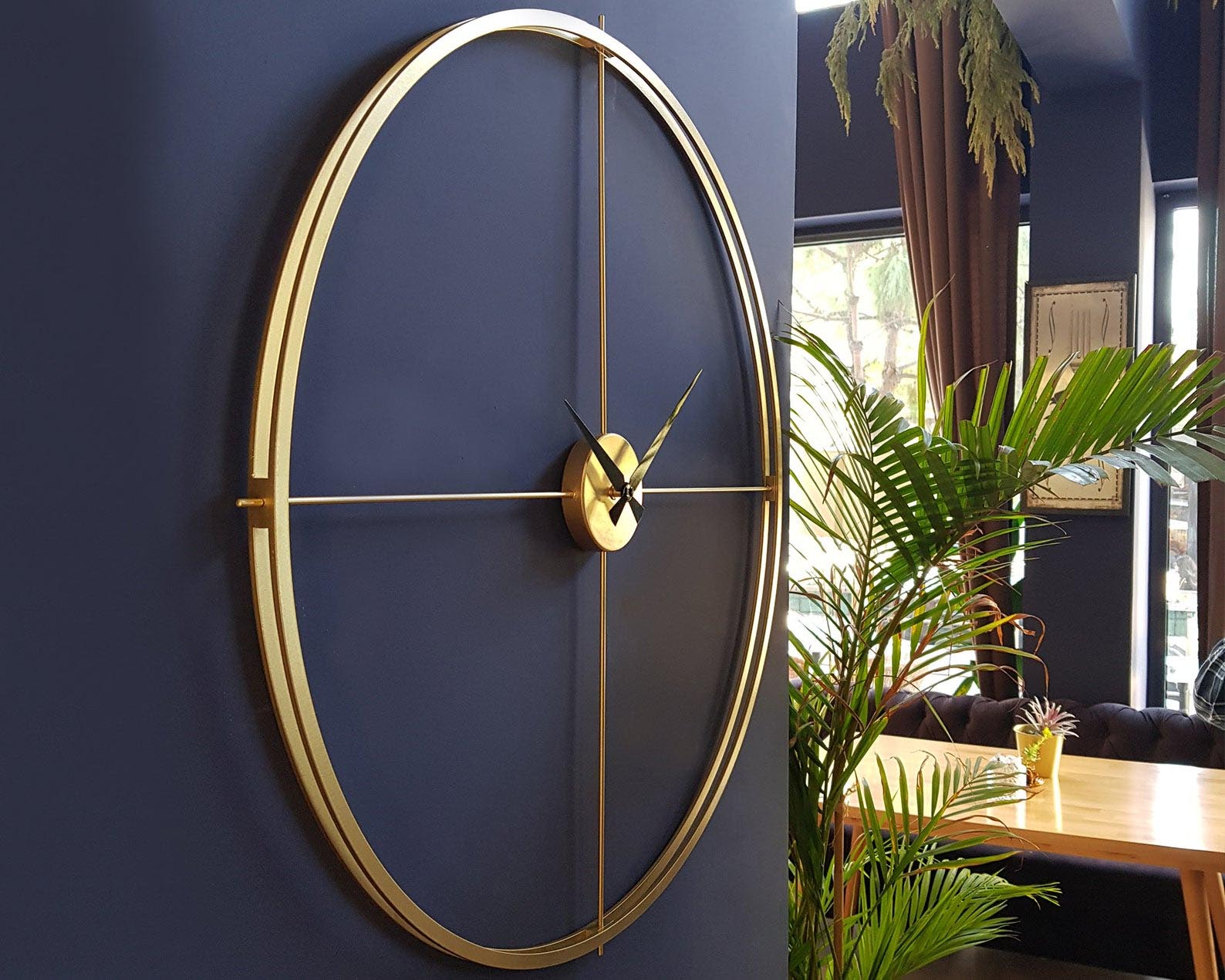 Gift Idea - Minimalist Metal Wall Clock