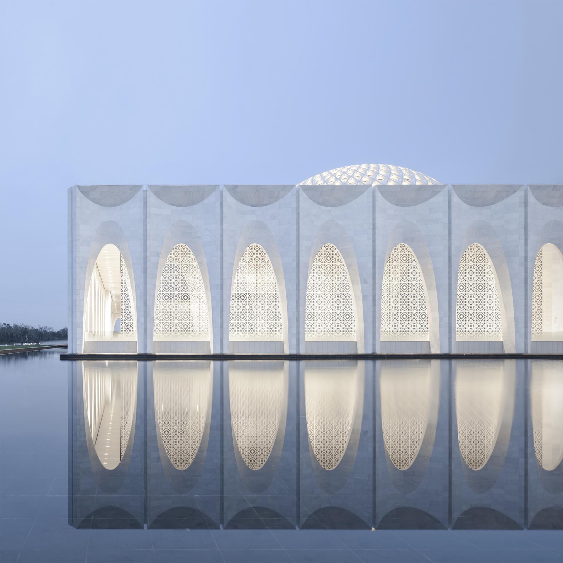 Da Chang Muslim Cultural Center by Hejingtang Studio