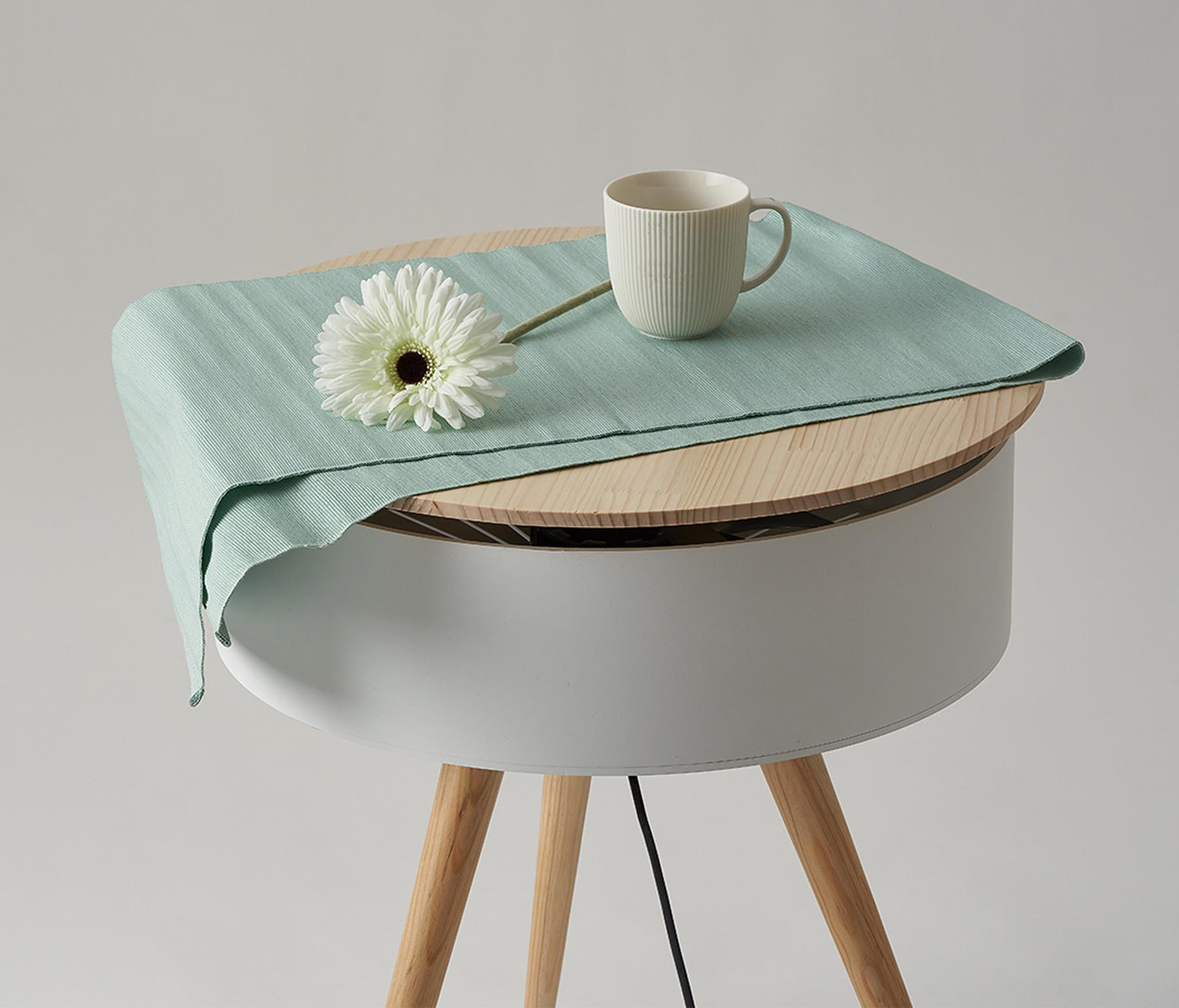 Brise Table Furniture Plus Fan by Wonho Lee.