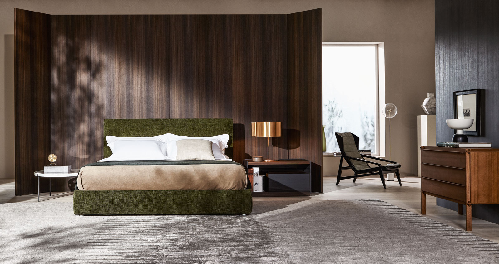 Modern bedroom furniture designs from Italian company Molteni&C.