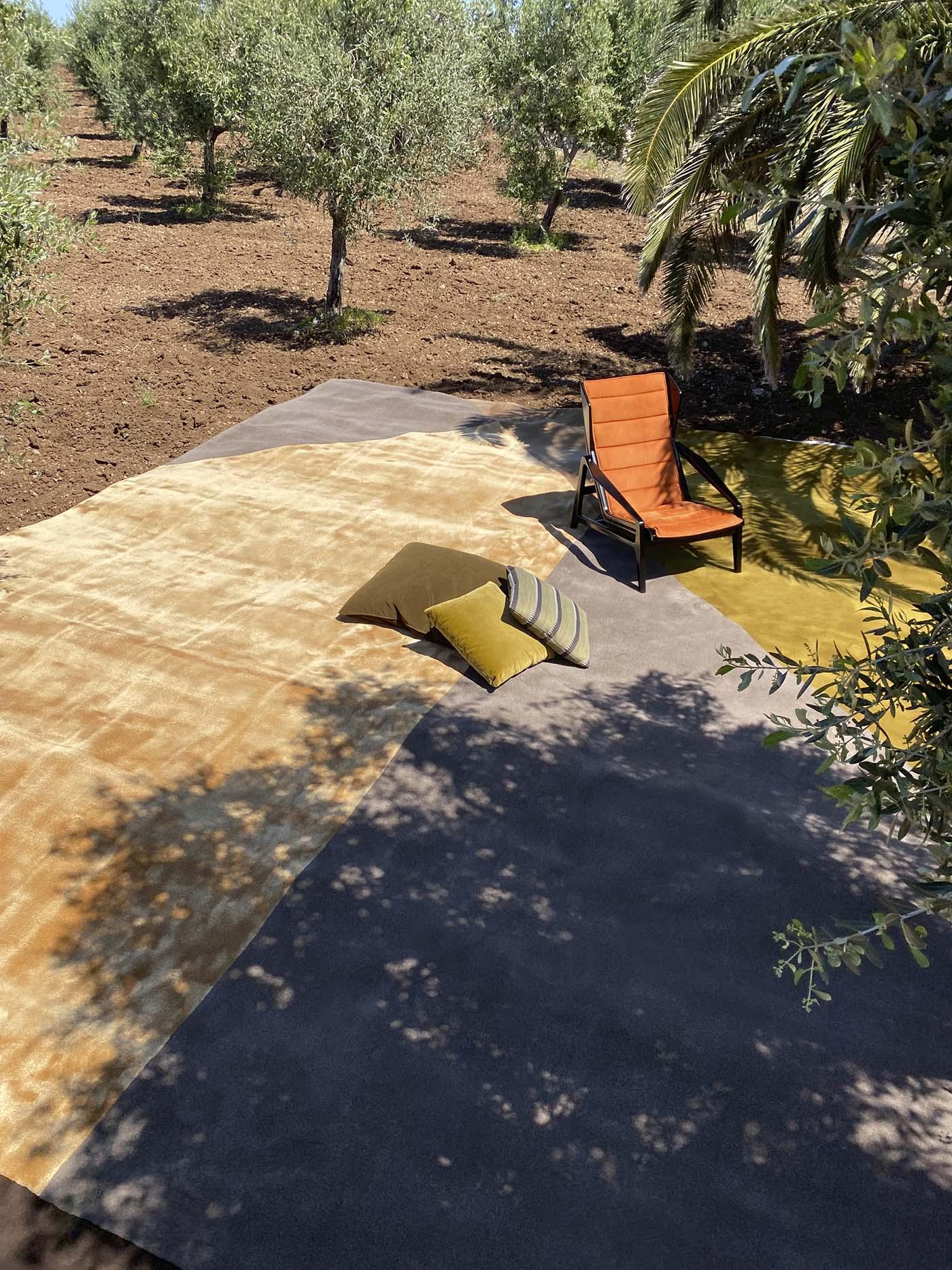 Modern rug designs from Italian company Molteni&C.