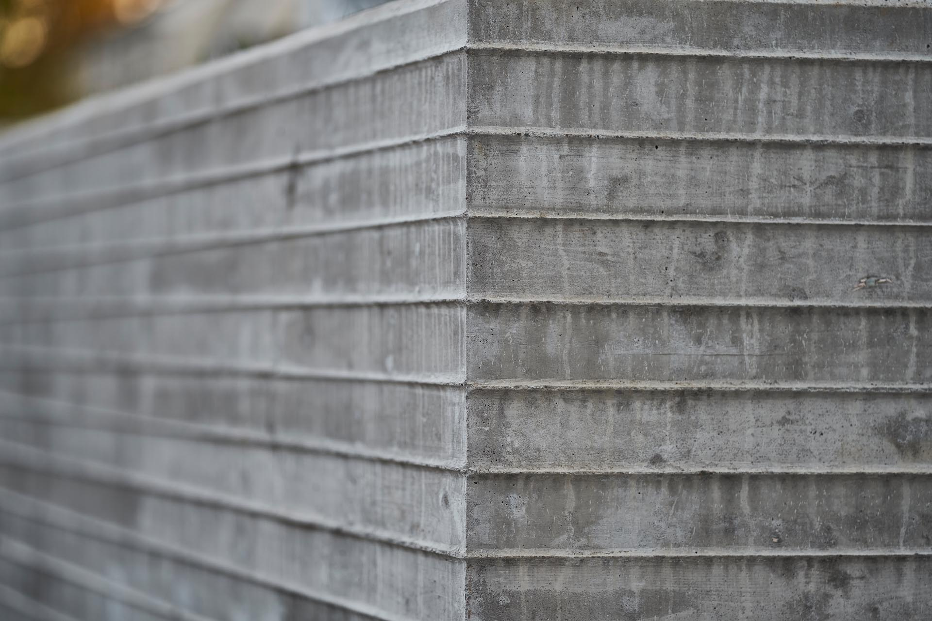 A closeup look at board formed concrete.