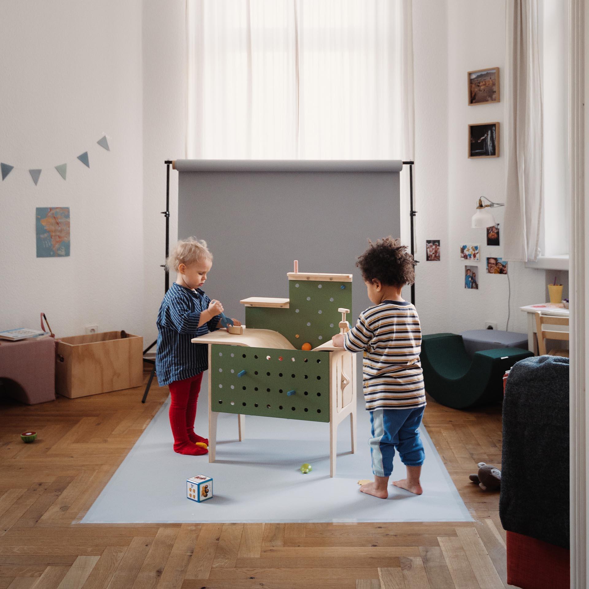 Werkelkueche Toy by Christine Oehme.