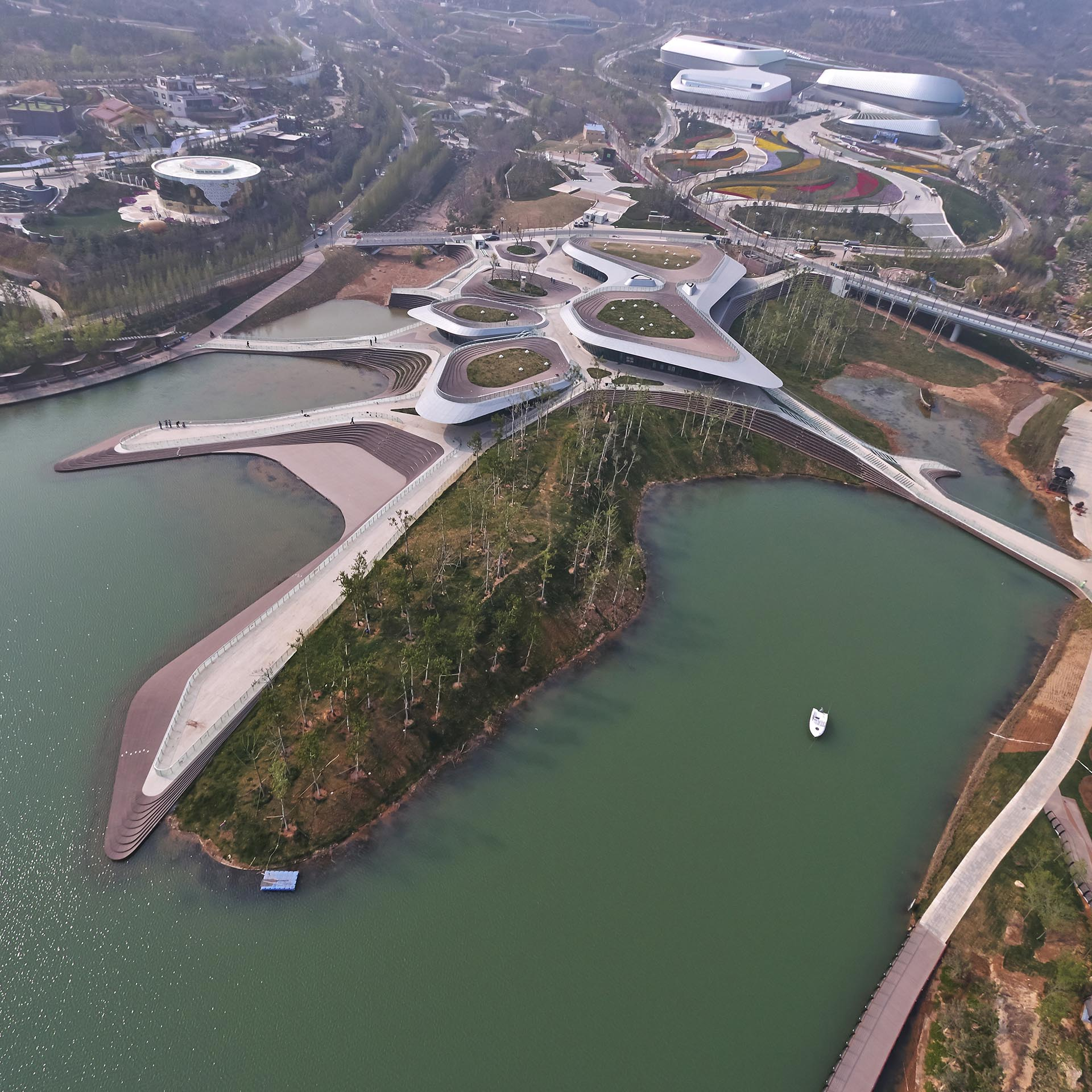 Heavenly Water Service Center Service Center by Zhenfei Wang.