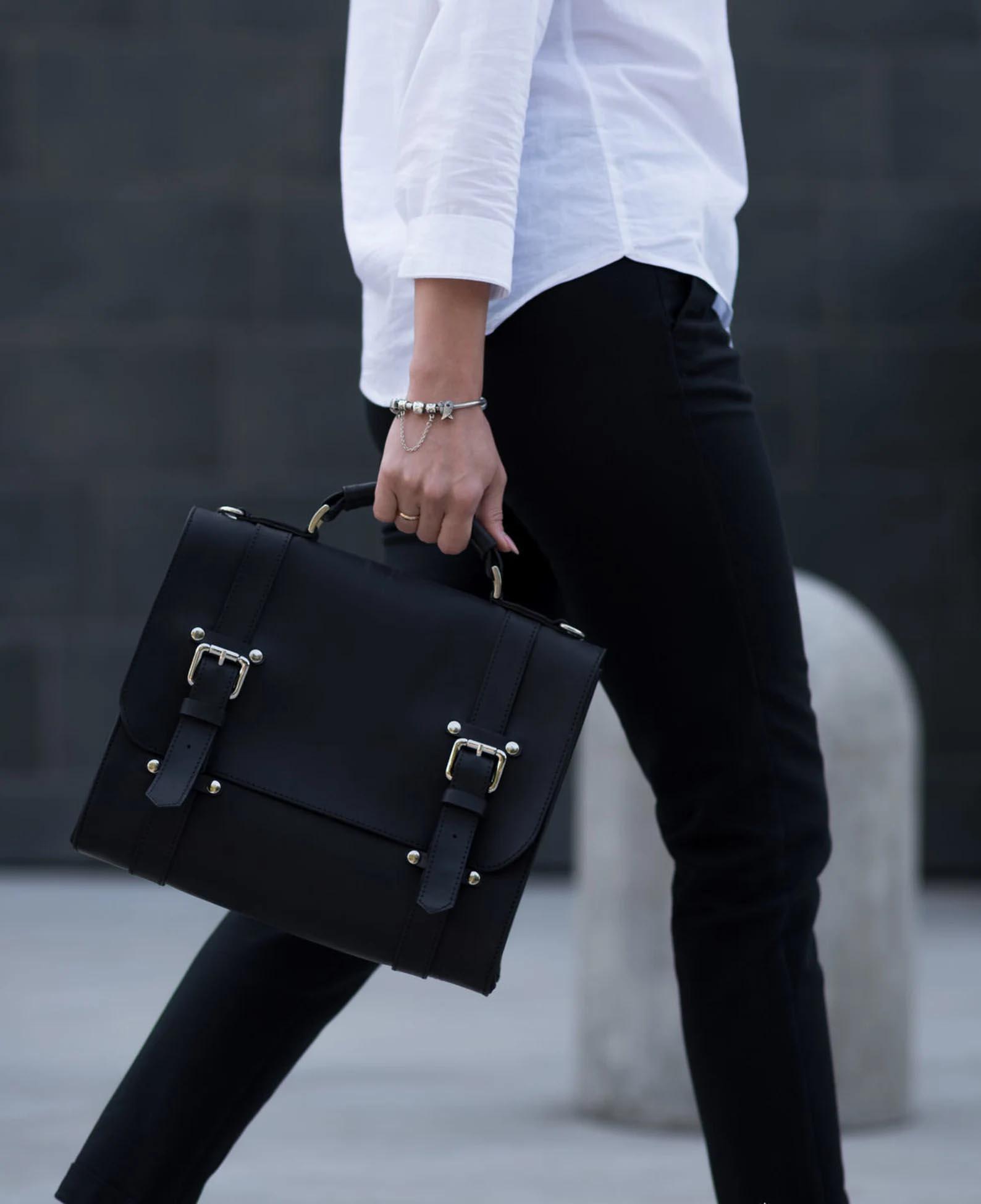 Modern Gift Ideas - Black Messenger Bag.