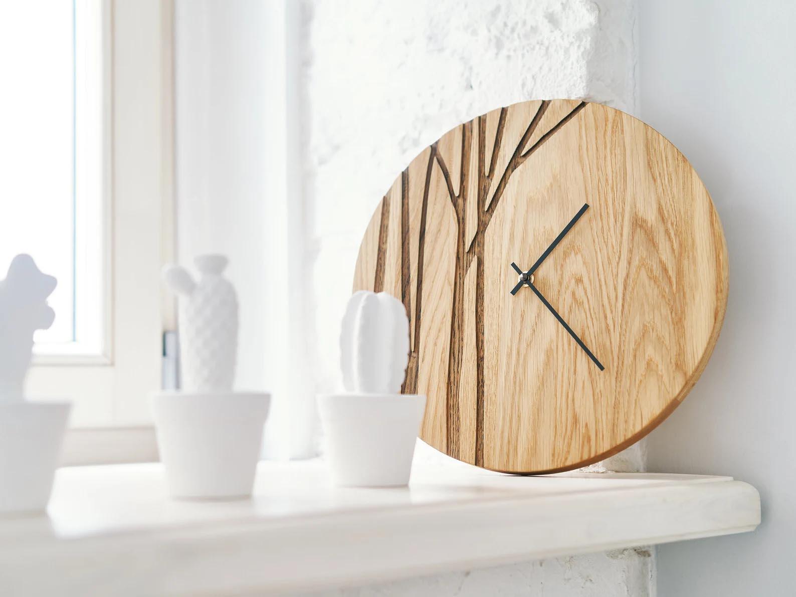 Modern Gift Ideas - Oak wood clock.