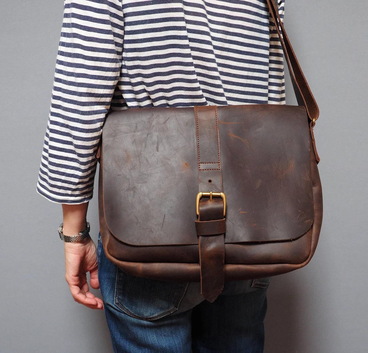 Modern Gift Ideas - Leather Bag.